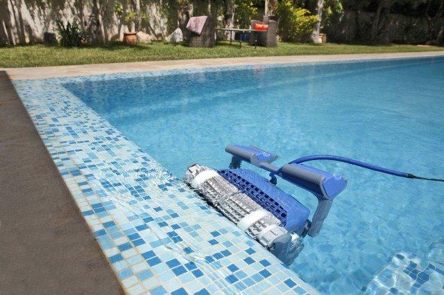 Zwembadrobot Dolphin Supreme M500