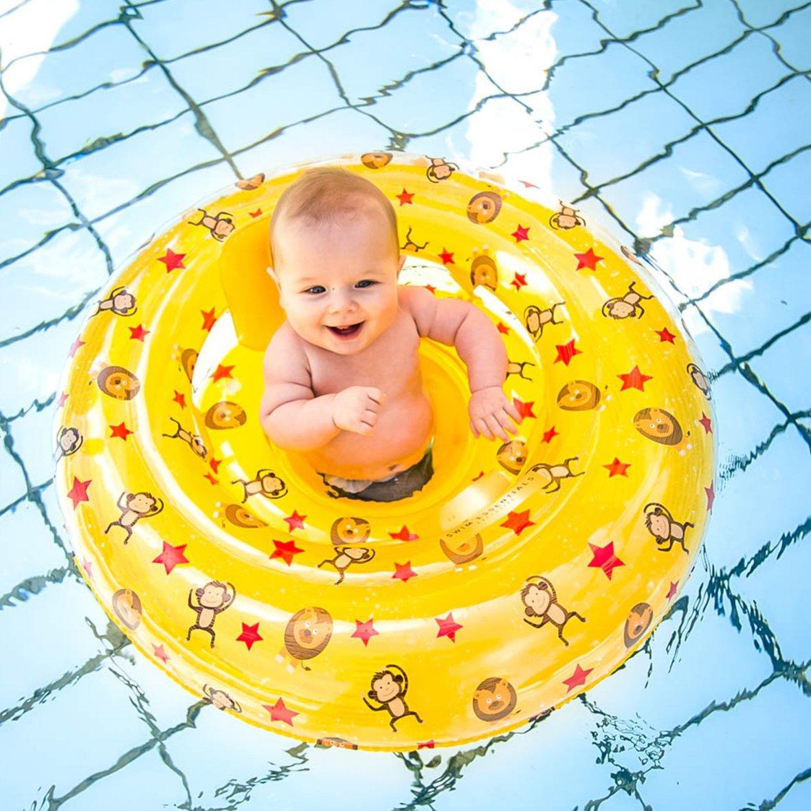 Baby zwemzitje circus